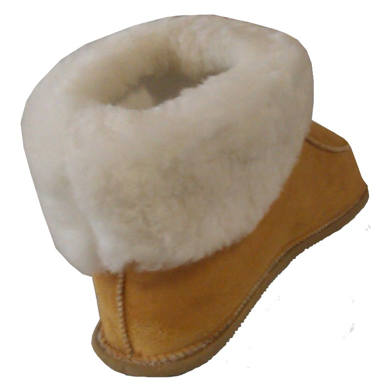 chaussons en peau de mouton retourn e pour enfants et adultes. Black Bedroom Furniture Sets. Home Design Ideas