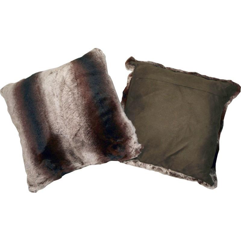 coussin tr s doux en fourrure de lapin rex. Black Bedroom Furniture Sets. Home Design Ideas