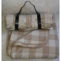 peaux et d co vente en ligne de peaux coussins et tapis en peau de vache mouton agneau. Black Bedroom Furniture Sets. Home Design Ideas